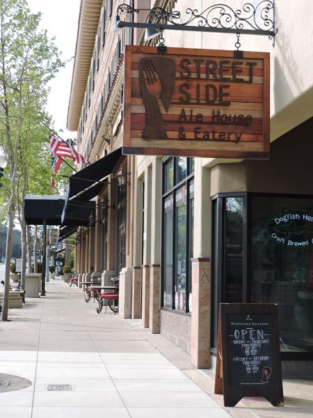 Street-side-ale-house