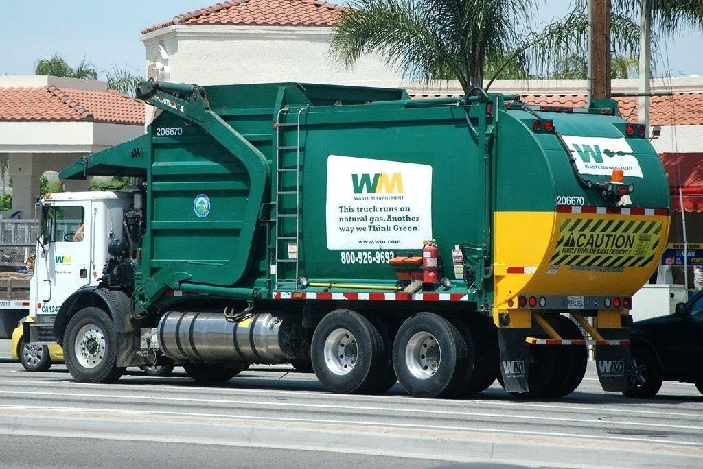 waste management truck atascadero